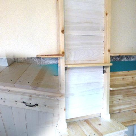 「キッチンDIY3」木製ダストボックスと木製アクセント壁作りで空間装飾♪
